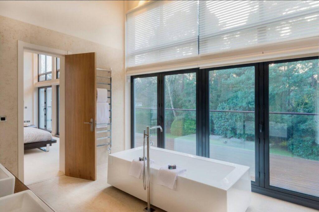 Bathroom - Coral Interiors